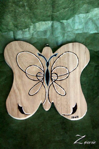 Forme papillon à suspendre